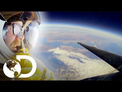 Adam logra ver la curvatura de la tierra |Mythbusters:Los cazadores de mitos|Discovery Latinoamérica