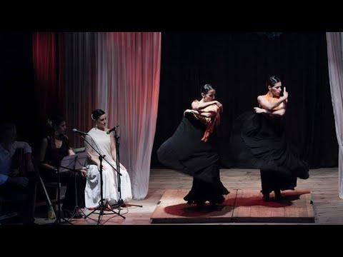 """<h3 class=""""list-group-item-title"""">""""A la luz del Flamenco""""   verano 2015 enero – febrero – marzo</h3>"""