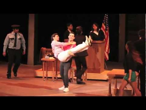 Legally Blonde The Musical: Gay or European (Tec de Monterrey, Campus MTY)