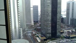 Quake!!! Japan 3-11-11 Earthquake from 30th floor in Shinjuku (Tokyo 11.3.11 )