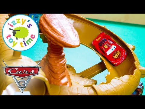 Cars 3 Willy's Butte Playset with Lightning McQueen! Disney Pixar Cars Fun Toys for Kids