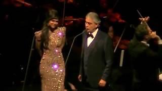 Andrea Bocelli &  larisa Martinez - Libiamo ne'lieti calici /chicago/Dec 2017