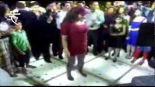 رقص فيفي عبده في فرح الفنانه امينه