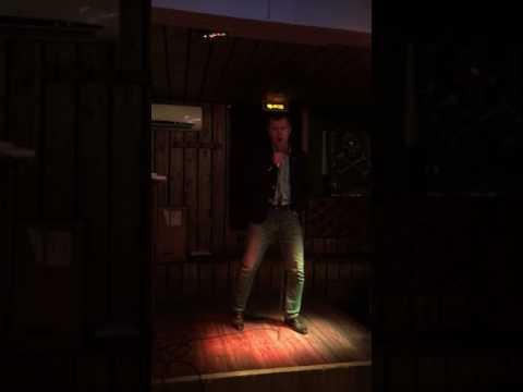 Алексей Сухарев - Thunderstruck (AC/DC karaoke cover)