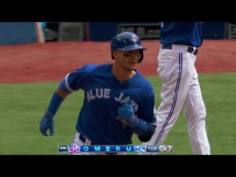HOU@TOR: Tulo cranks his 20th homer of the...