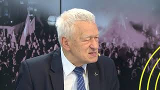 Morawiecki o Czarneckim: w Polsce nie da się uczciwie zarobić miliardów | Onet Opinie
