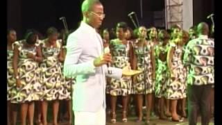 Célébration des 20 ans de carrière et anniversaire de naissance du chantre O