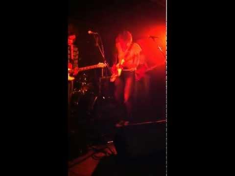 Maggie Brown - Alaska (live)