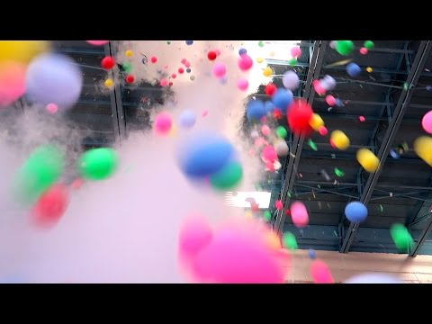 EPIC LIQUID NITROGEN PING PONG BOMB! 1000 BALLS! THE MOST EPIC SCIENCE EXPERIMENT EVER! MUST WATCH!