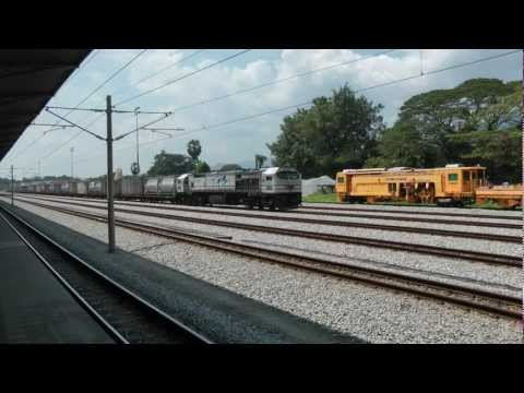 A few freight trains in Ipoh (Malaysia) - January 16th, 2013