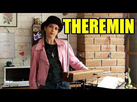 Theremin, el primer instrumento musical electrónico | Veronik