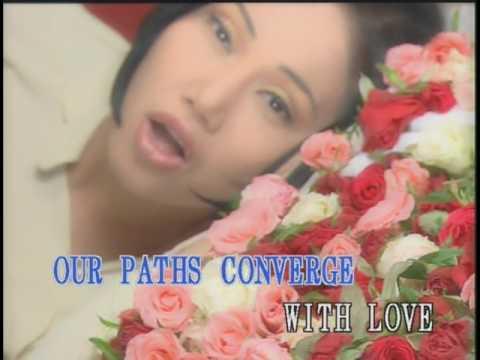 Lynda Trang Dai - 999 Roses of love