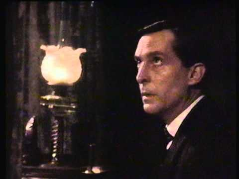 Comparing sherlock holmes the speckled band