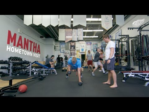 Mantha Hometown Visit | Detroit Red Wings