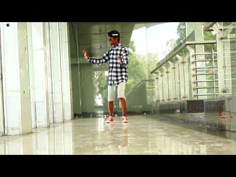 Dharmesh in Amaan robot Dance