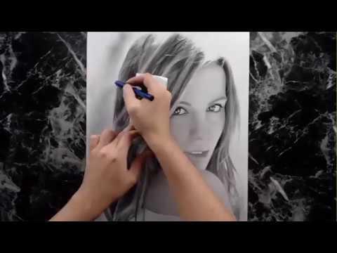 Kate Beckinsale draw