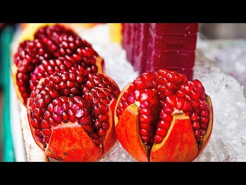 Fastest Way to Deseed a pomegranate (anar) / How to Cut and Open a pomegranate | #1 Trick