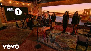 Taylor Swift - Can't Stop Loving You (Phil Collins cover) in the Live Lounge