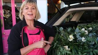 Learn How to Make Floral Arches Easily at Kays Flower School