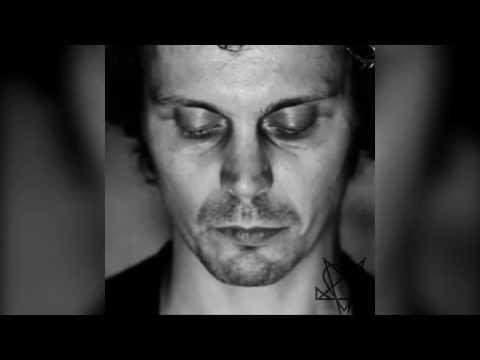 Ville Valo - XL   Olet Mun Kaikuluotain