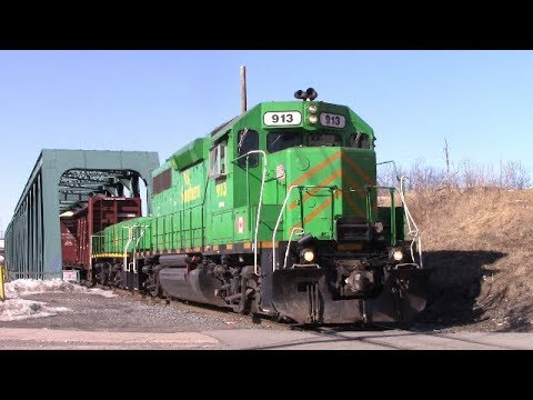 EMD Geep & Slug lead NBSR Transfer Train at Reversing Falls Bridge - Saint John, NB