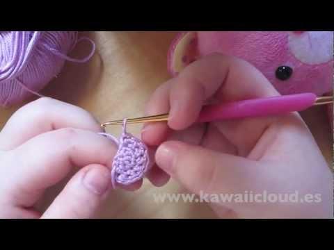 Como hacer orejas para amigurumi en semicírculo - YouTube