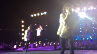 One Direction - Little Black Dress, Johannesburg, SA, 28/03/15 || On The Road Tour