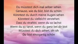 Einzigart schön (Lyrics) - Sarah