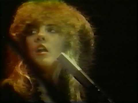 Download musik Fleetwood Mac ~ The Chain ~ Live 1979 terbaru