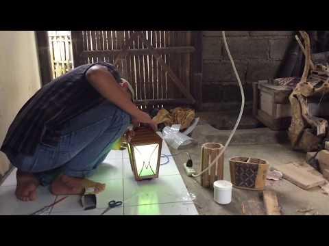 Lampu Dinding Klasik dari Bambu