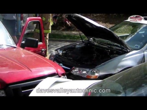 Auto Accidents -  Dave's Valley Auto Clinic
