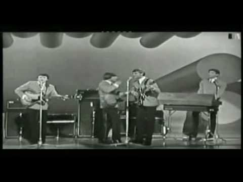 Here It Comes Again THE FORTUNES 1965 ♫ London Palladium TV show