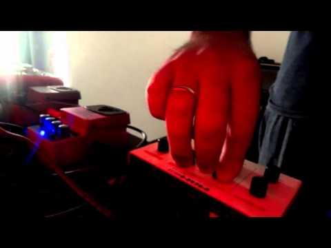 Test: MAM MB33 Retro Synthesizer + Behringer OD300