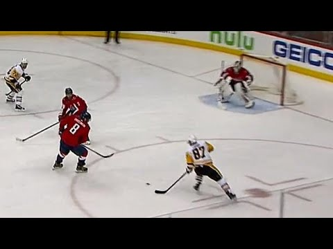 Crosby scores off pass that squeaks through Ovechkin