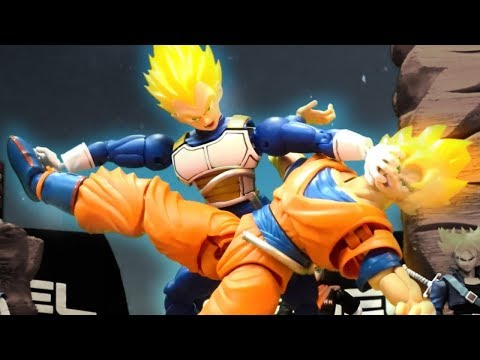 Goku VS Vegeta Stop motion