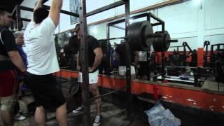 un dia mas en el gimnasio ESPARTACUS - LEGS powerlifting workout
