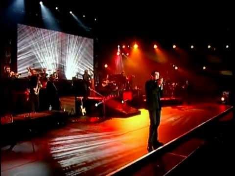 Garou chante Charles Aznavour  - La Boheme  - Live A Bercy. Субтитры