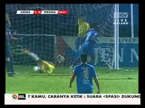 Arema Indonesia vs Persiwa Wamena (Greg Nwokolo Goal) ISL 2013 [18052013]