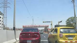 Puente peatonal en Sánchez Cerro que nadie utiliza