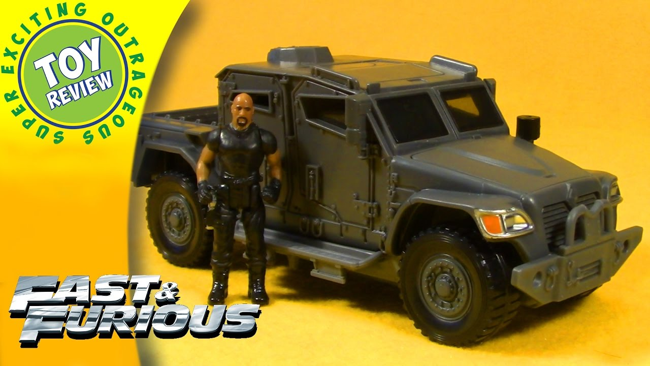Mattel Fast /& Furious Stunt Stars Hobbs /& Navistar MXT Vehicle