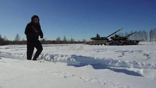 Будущие офицеры-танкисты - любимым женщинам (г. Казань)