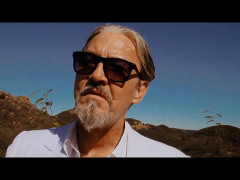The Winachi Tribe - A Room With A Zoo - HOWIE B REMIX (Alternate Video) Starring Tommy Flanagan: