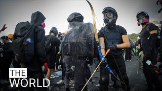 """""""You need to maintain non-violent discipline,"""" Hong Kong on the brink 