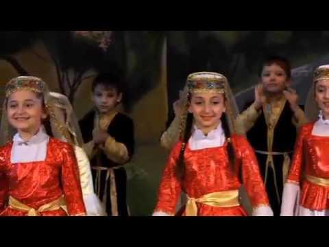 Народный азербайджанский ансамбль песни и танца 'Одлар Юрду' День культуры Азербайджана, Красноярск