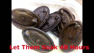 Removing Tarnish from Drawer Pulls with Apple Cider Vinegar