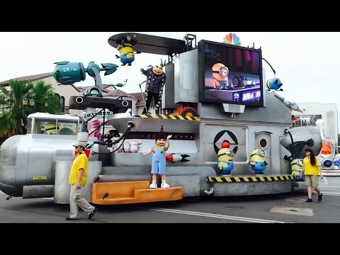 (2015) Universal's Superstar Parade at Universal Studios Florida Minions Spongebob & More