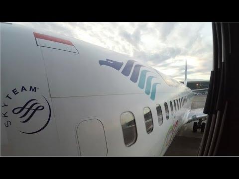 Review Garuda Indonesia GA550 Boeing 737-800 Jakarta (CGK) to Palangka Raya (PKY) Economy Class