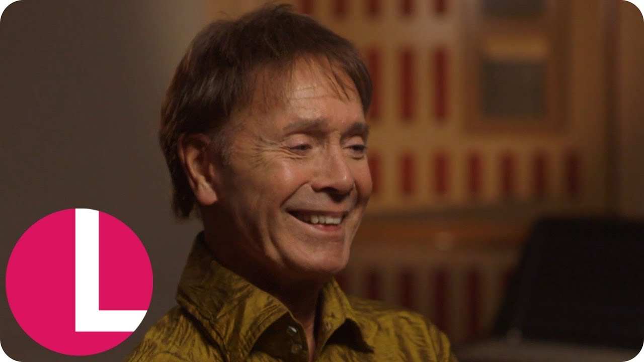 Cliff Richard Reveals He Recorded At Abbey Road Before The Beatles Extended Interview Lorraine Youtube