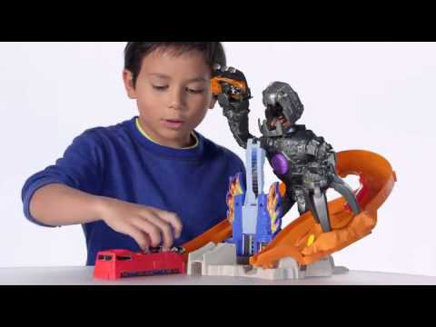 Hot Wheels Nitro Bot Attack Track Set - YouTube
