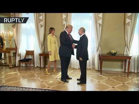 بوتين وترامب يتصافحان قبيل قمتهما في هلسنكي  - نشر قبل 12 دقيقة